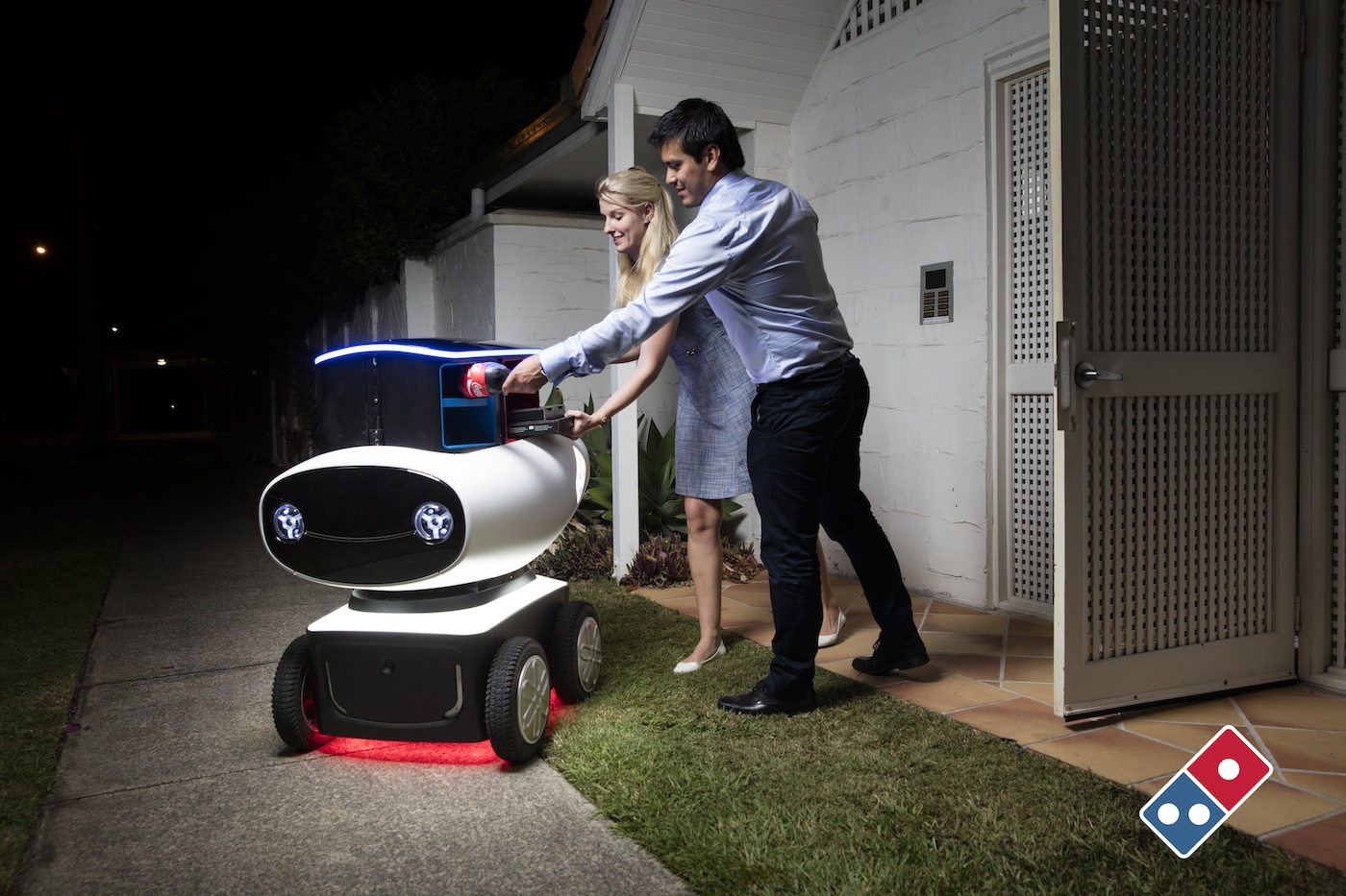 Dominos Robot to deliver pizza